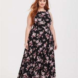 Torrid maxi dress 👗